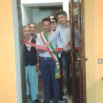 Il_sindaco_di_Feroleto_Antico_Fazio_e_e_il_giornalista_Falvo_[1]