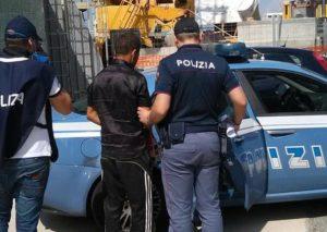 Immigrazione:sbarco a Reggio Calabria, fermati presunti scafisti