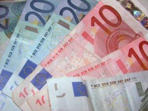 banconote_fasle