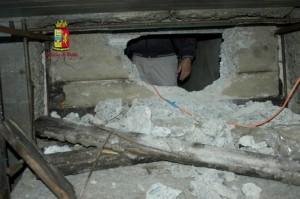 Scoperto dalla Polizia di Stato il bunker di un latitante di San Luca a Bovalino