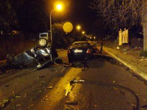 Incidenti stradali: scontro tra auto a Vibo, un morto