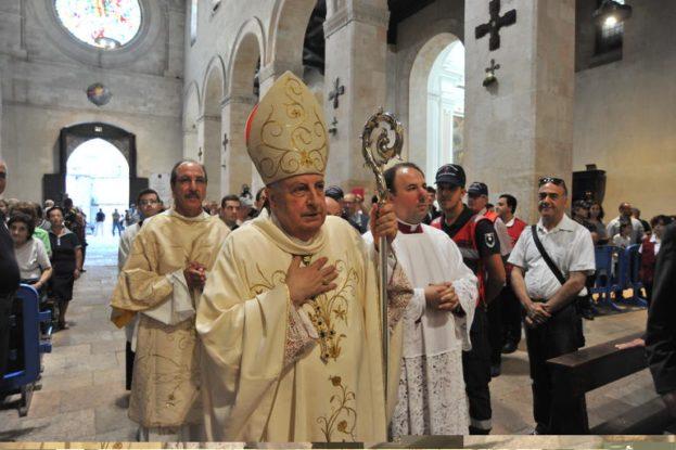 wpid-il-saluto-alla-diocesi-di-monsignor-salvatore-nunnari_articleimage.jpg