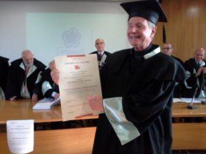 Laurea honoris causa a don Giacomo Panizza