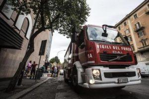 Principio di incendio,per fumo chiuse 3 fermate metro a Roma