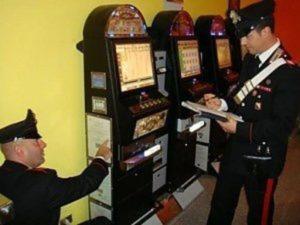 Gioco d'azzardo: sequestrate sei slot machine a Cosenza