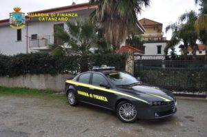 'Ndrangheta: sequestrata villa a esponente rilievo cosca Lamezia Terme