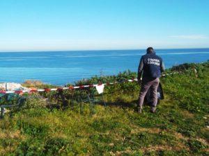 Capitaneria porto sequestra terreno in area archeologica Capo Colonna